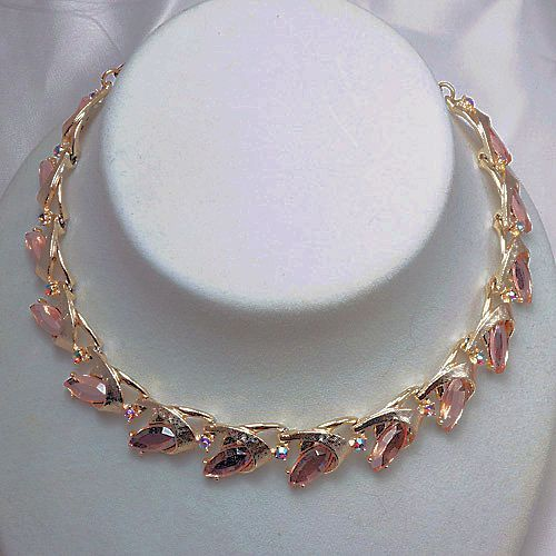 Choker gold tone necklace adjustable unusual stone settings