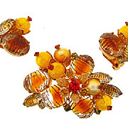 Lovely  brooch and clip on Earrings in Autumn colors