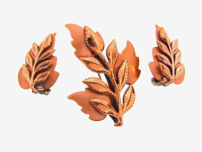 Signed Renoir copper leaf brooch with matching clip on earrings
