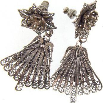 Fancy floral silver wire pierced Earrings with fan shaped drops