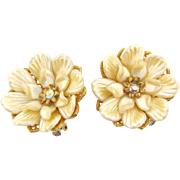 Signed Judy-Lee vintage large floral clip on Earrings with thermoset petals