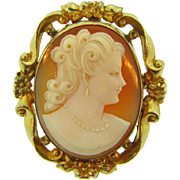 Lovely vintage shell cameo Brooch in a gold filled frame
