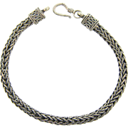 Marked 925 sterling silver Bracelet in a flexible cable design