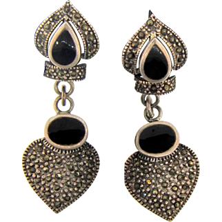 Gorgeous vintage sterling silver onyx and marcasites dangle pierced Earrings
