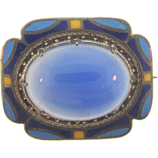 Lovely small early 1900's Brooch with opaque blue glass cabachon and enamel