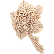 Beautiful bouquet of flowers Brooch