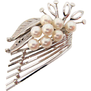 Vintage marked silver Brooch with genuine pearls in an abstract floral design