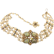 Vintage 1960's dog collar Necklace with imitation pearl beads and rhinestone center piece