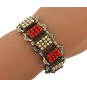 Vintage Retro book link Bracelet with imitation pearls and coral colored glass beads
