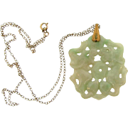 Jade Chinese foo dog carved pendant Necklace
