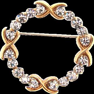Small vintage circular Brooch with crystal rhinestones