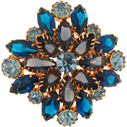 Lovely vintage rhinestone Brooch in blue hues