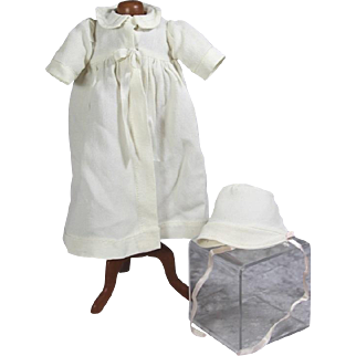 1930s Lovely Vintage Factory Coat and Bonnet for Small Baby Doll