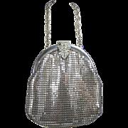 Vintage c1940s-50s Whiting & Davis Silver Tone Mesh Bag w Rhinestone Clasp!