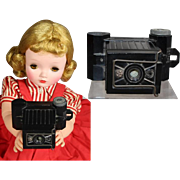 Vintage Mini 1933 Doll Sized Bakelite Camera! Great for your Dolly Actress!