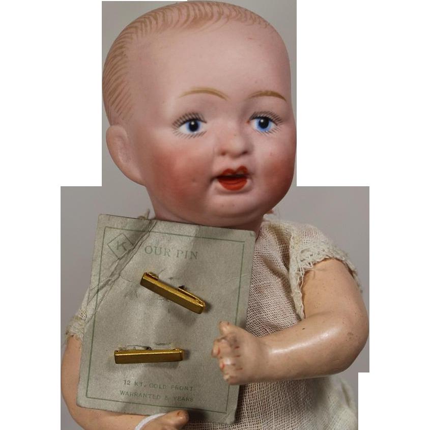 Antique set doll sized 12 kt gold filled diaper pins on orig card