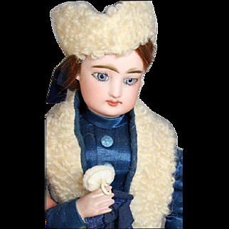 French Mini Doll Powder Puff for Doll!