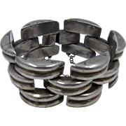Big Chunky Mexican Sterling Link Bracelet Signed J.D.F. Ca 1950