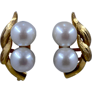 Ca 1950s 14K Double Pearl Leaves Earrings Screwback