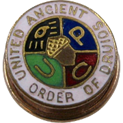 Ca 1930 Druids UAOD 10K Enamel Hat or Collar Pin