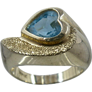 14K Heart Shape Blue Topaz Ring Thick Yellow Gold Sz 7