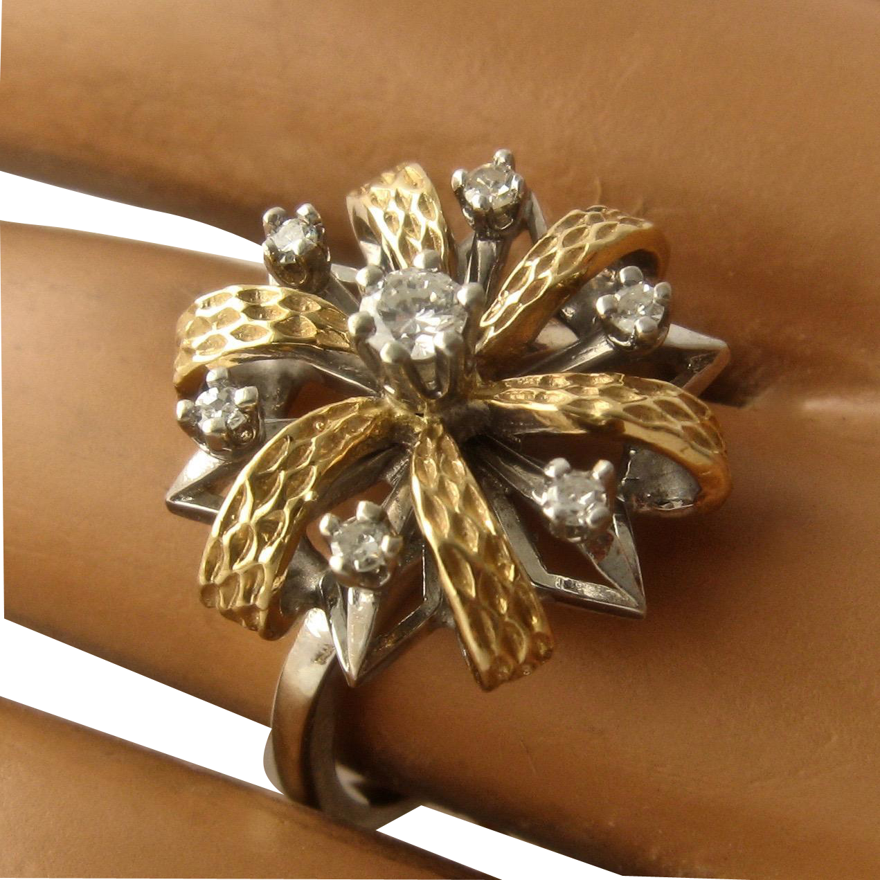 Ca 1950s 14k White Amp Yellow Gold Diamonds Flower Ring By