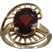 14K Oval Faceted Garnet Ring w/ Spokes Design Sz 6