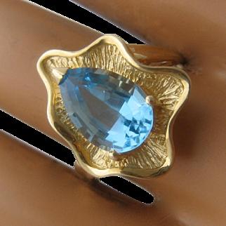 14K Blue Topaz Amorphous 6-Lobed Shape Ring Sz 8 1/4