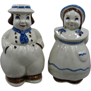 1950s Shawnee Pottery Dutch Couple Range Shakers S&P