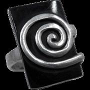 Spiral Sterling Silver on Rectangular Black Glass Ring Sz 5 3/4