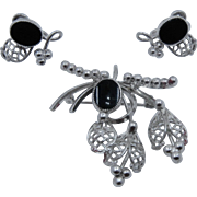 Ca 1950 Star-Art Sterling Onyx Cutwork Foliage Fruit Pin/Pendant Earrings Screw Back