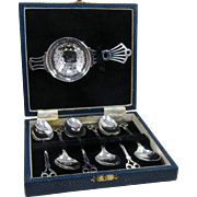 English Boxed Set Silver Plated Tea Strainer with 6 Demitasse Spoons