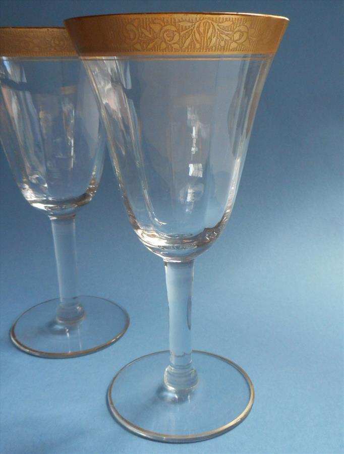 Tiffin Rambler Rose 4 Gold Encrusted Rim Wine Glasses