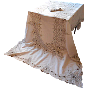 Tablecloth Set Lavish Cutwork Embroidery Vintage 1920s Napkins