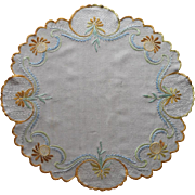 Antique 1910s Hand Embroidered Centerpiece Linen Heavy