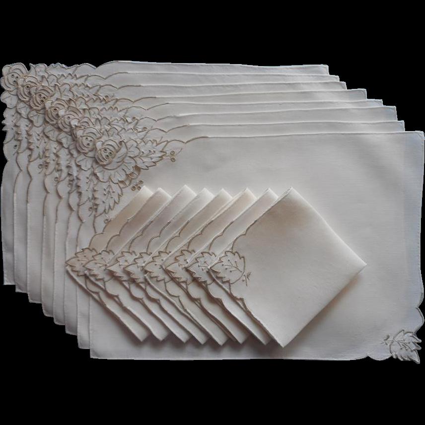 Madeira placemats napkins set vintage linen cutwork for Glass cut work designs