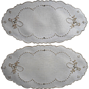 Pair Bread Tray Doilies Madeira Vintage Linen Ecru Cutwork Hand Embroidery Baskets