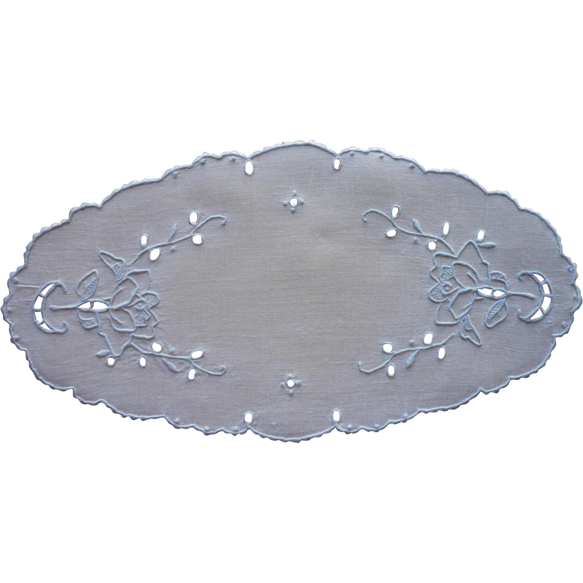 Bread tray doily vintage madeira cutwork linen hand for Glass cut work designs