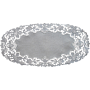 Vintage Lace Linen Bread Tray Doily 1920s to 1940s Pale Natural Color