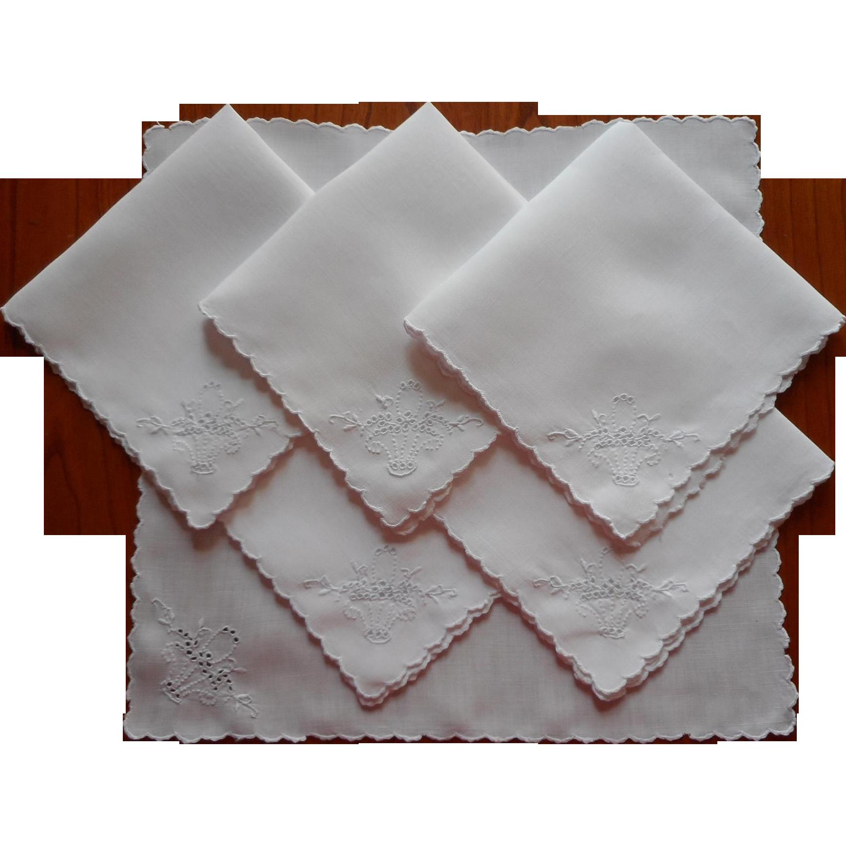 Tea napkins ca 1920 vintage linen cutwork flower baskets for Glass cut work designs
