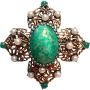 Vintage Brooch Pin Filigree Green Art Glass Cabochon Faux Pearls