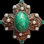 Vintage Brooch Pin Filigree Green Art Glass Cabochon Faux Pearls