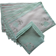 Placemats Napkins Madeira Organdy Linen Green Vintage Hand Embroidery Applique
