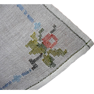 Vintage 1920s Tray Cloth Needle Run Embroidery