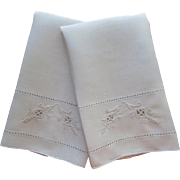 Italian Work Embroidery Vintage Linen Pair Hand Towels