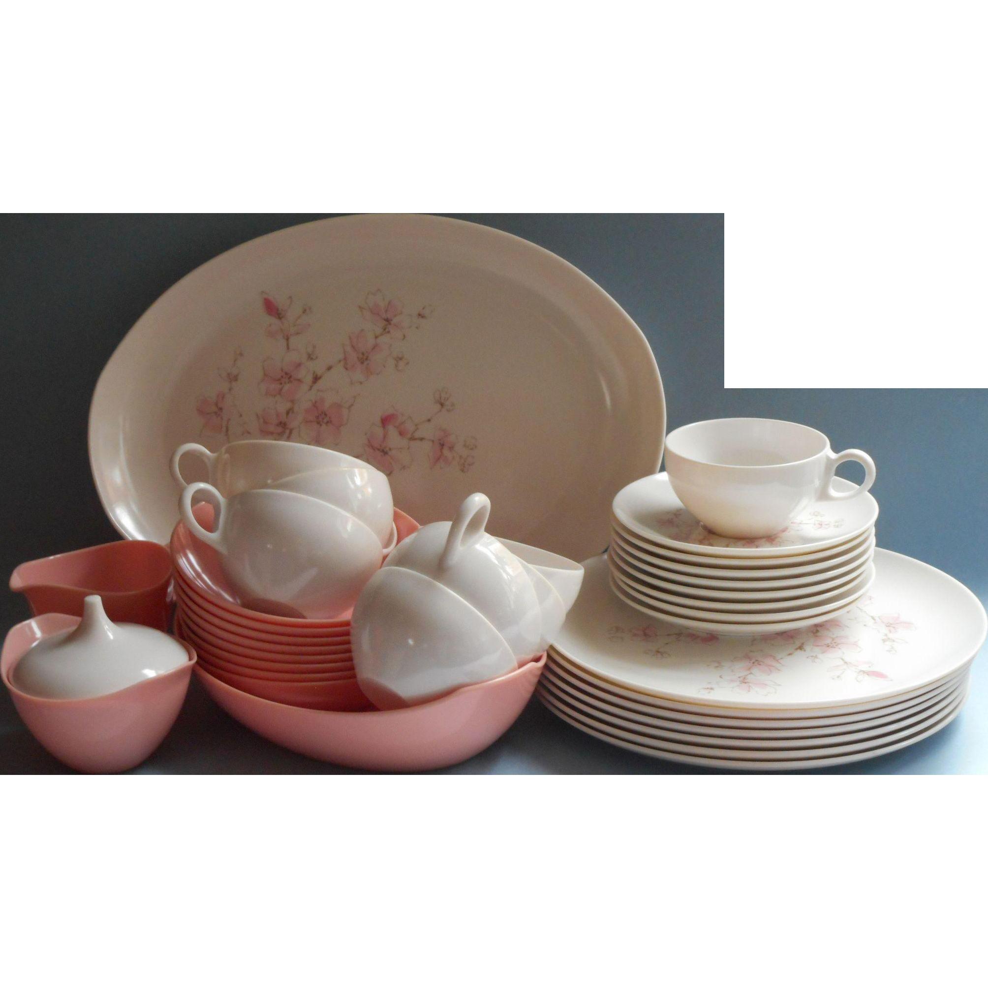 Pink melamine set dishes oneida cherry blossom vintage for Cuisine melamine