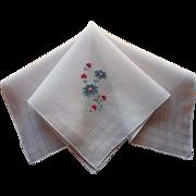 Vintage Hankie Peiti Point Hand Embroidery Blue Daisies Pink Flowers