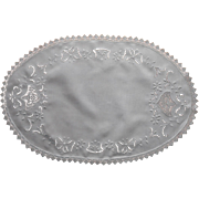 1920s Cutwork Embroidery Filet Lace Oval Centerpiece Doily Bows Some TLC