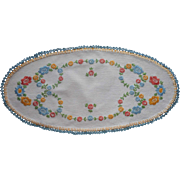 Vintage 1920s 30s Hand Embroidered Centerpiece Doily Oval German