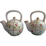 Tea Kettle Occupied Japan Salt Pepper Shakers Hand Painted China